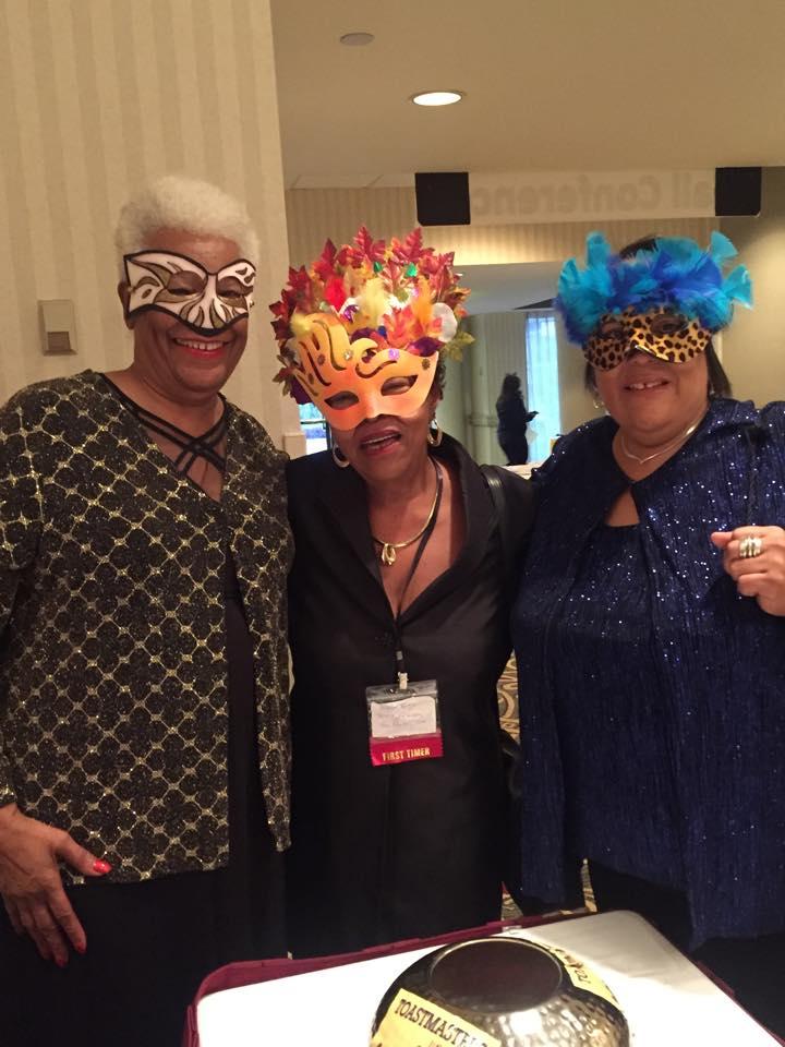 3-ladies-with-masks2